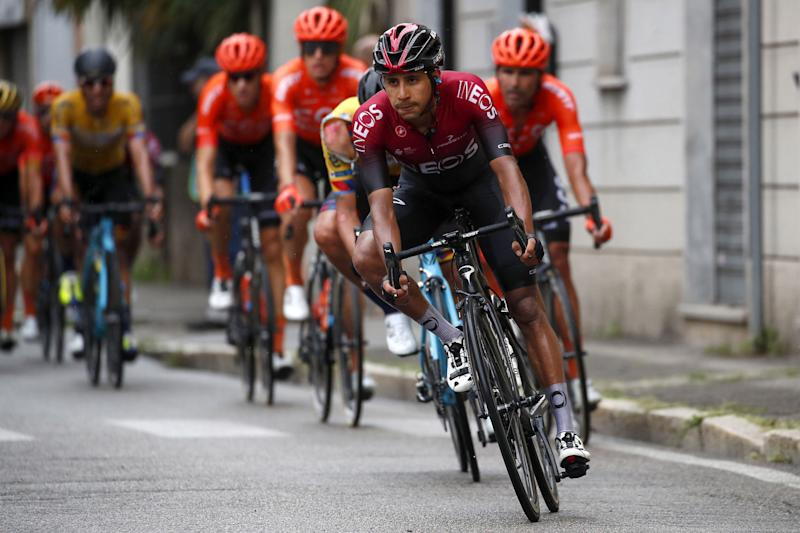 Team Ineos lead the peloton in the early stages of the Gran Trittico Lombardo