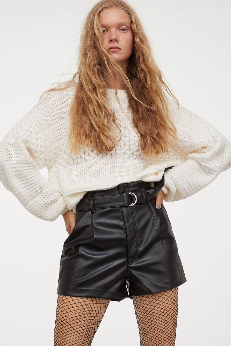 <p>How cool are these <span>H&amp;M Belted Shorts</span> ($25)?</p>