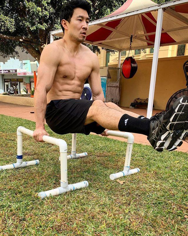 <p>While claiming #bodybyboba, he finally came clean and admitted #ihaveaninhumanmetabolism.</p>
