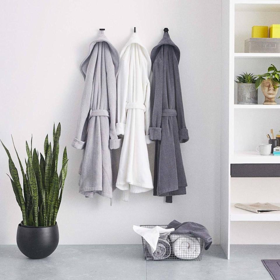 """<p><strong>Brooklinen</strong></p><p>brooklinen.com</p><p><a href=""""https://go.redirectingat.com?id=74968X1596630&url=https%3A%2F%2Fwww.brooklinen.com%2Fproducts%2Fsuper-plush-robe&sref=https%3A%2F%2Fwww.housebeautiful.com%2Fshopping%2Fbest-stores%2Fg35154173%2Fbrooklinen-surprise-sale-january-2021%2F"""" rel=""""nofollow noopener"""" target=""""_blank"""" data-ylk=""""slk:Shop Now"""" class=""""link rapid-noclick-resp"""">Shop Now</a></p><p><strong><del>$98</del> $83.30 (15% off)</strong></p><p>Chances are, you already have enough leggings and sweatpants in your WFH rotation. But, a robe? Now that's one cozy essential worth adding to your cart.</p>"""