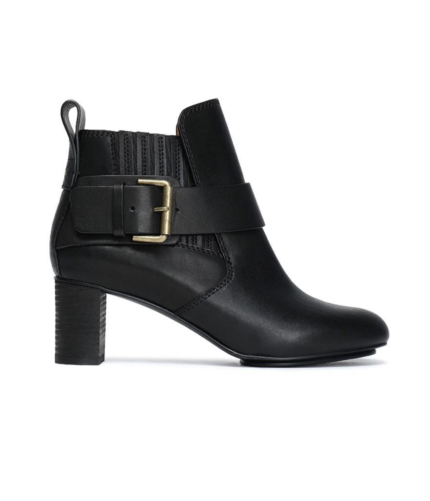 """<p>Pssst … these gorgeous designer boots are 50 percent off, so act fast!<br><a href=""""https://fave.co/2qCNFpr"""" rel=""""nofollow noopener"""" target=""""_blank"""" data-ylk=""""slk:Shop it:"""" class=""""link rapid-noclick-resp"""">Shop it:</a> See by Chloe Leather Ankle Boots, $197 (was $395), <a href=""""https://fave.co/2qCNFpr"""" rel=""""nofollow noopener"""" target=""""_blank"""" data-ylk=""""slk:theoutnet.com"""" class=""""link rapid-noclick-resp"""">theoutnet.com</a> </p>"""