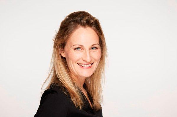 Marie Langer, daughter of founder Dr. Hans J. Langer, with immediate effect will become the new Chief Executive Officer (CEO) of EOS GmbH