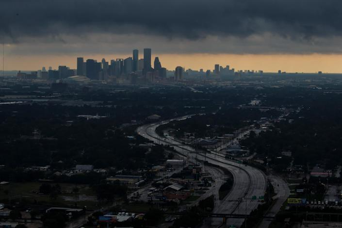 <p>A aerial view of downtown on August 29, 2017 in Houston, Texas. (Photo: Marcus Yam/Los Angeles Times) </p>