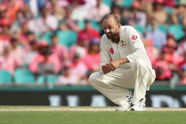 SYDNEY, AUSTRALIA - JANUARY 05: Nathan Lyon of Australia looks dejected during day three of the Third Test match between Australia and Pakistan at Sydney Cricket Ground on January 5, 2017 in Sydney, Australia. (Photo by Mark Kolbe/Getty Images)