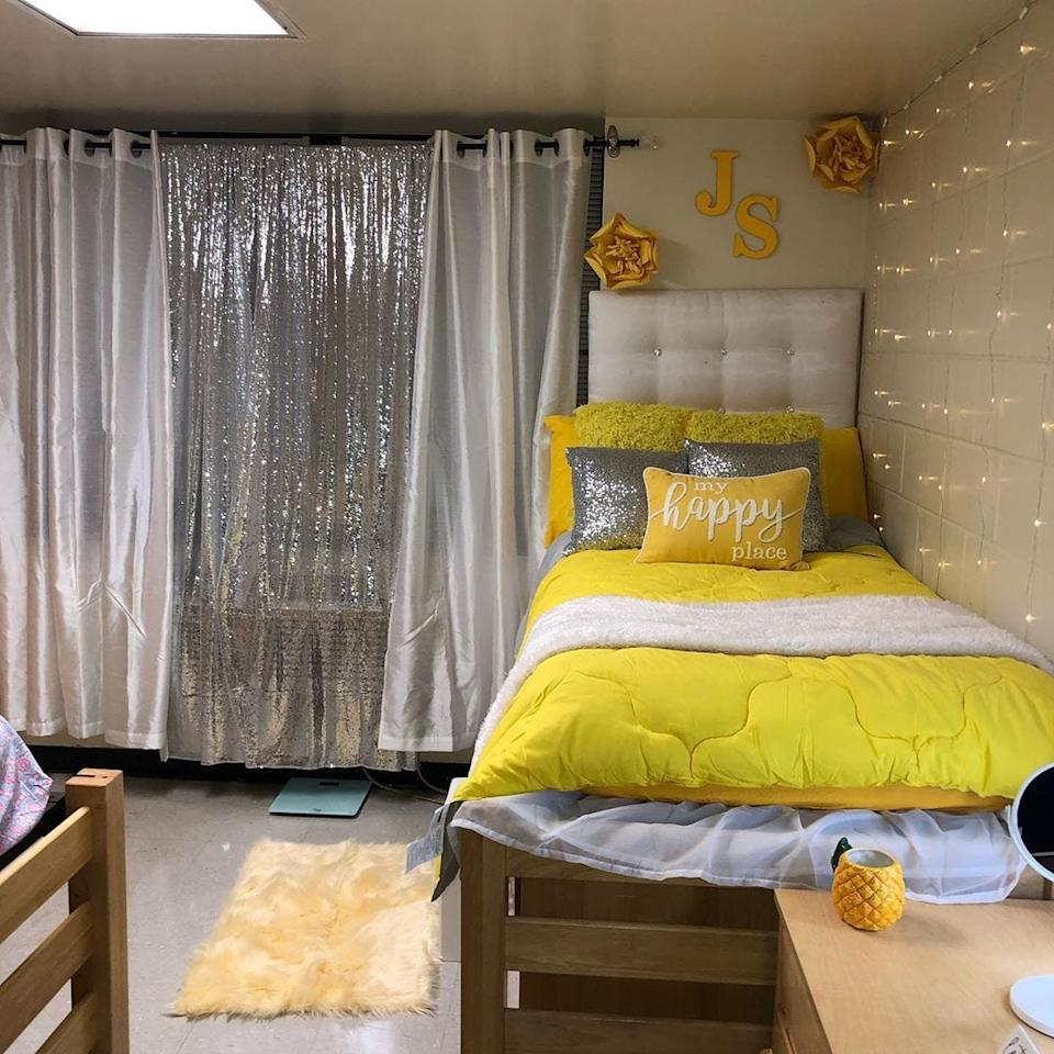 Jannah Sharpe got her dorm room ready to start freshman year at Morgan State University, complete with twinkle lights and her initials.