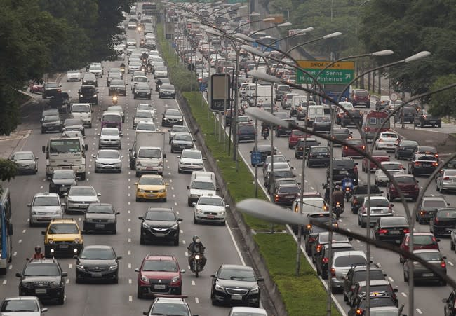 Brazil government may backtrack on auto safety laws, delay obligatory airbags, ABS brakes