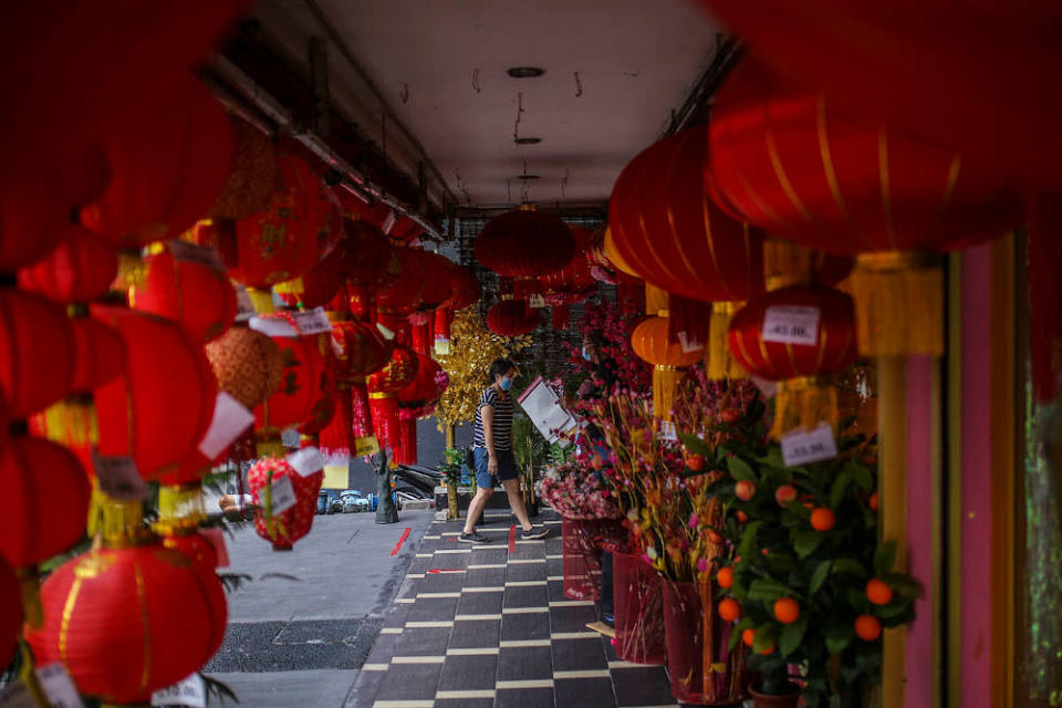 There have been loud complaints about the current Chinese New Year SOPs. — Picture by Hari Anggara