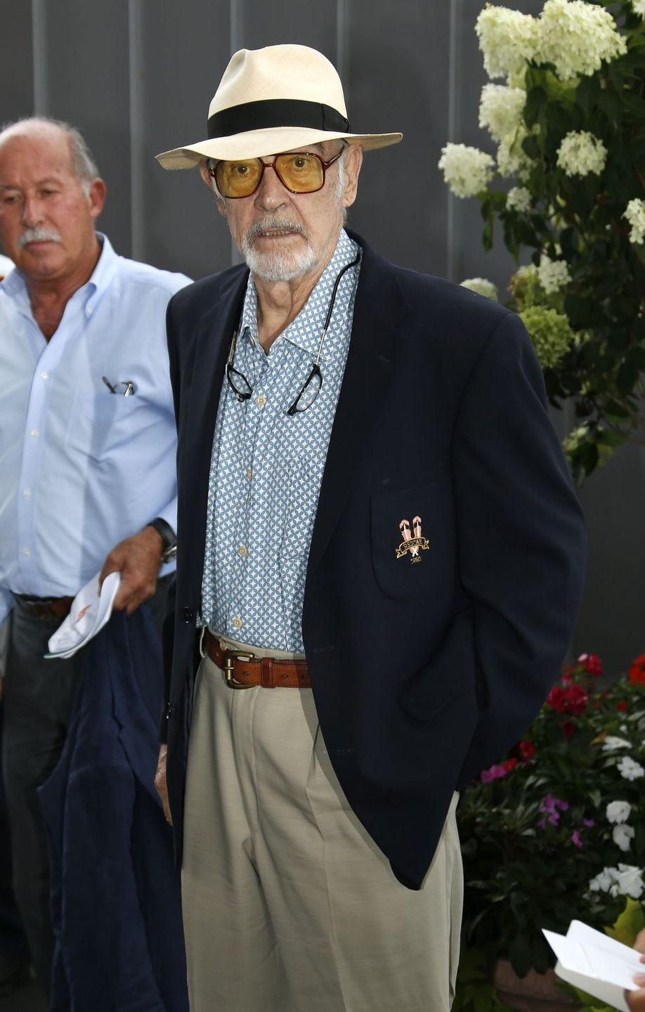 <p>Connery arrives to the Men's Final on day 14 of the 2015 U.S. Open. He's still got it. </p>