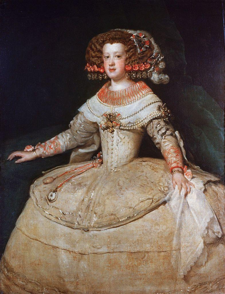 <p>During this period, high-waisted silhouettes from earlier in the decade were replaced with lower designs that emphasized the waist. In Europe, this was especially popular among nobility.</p>