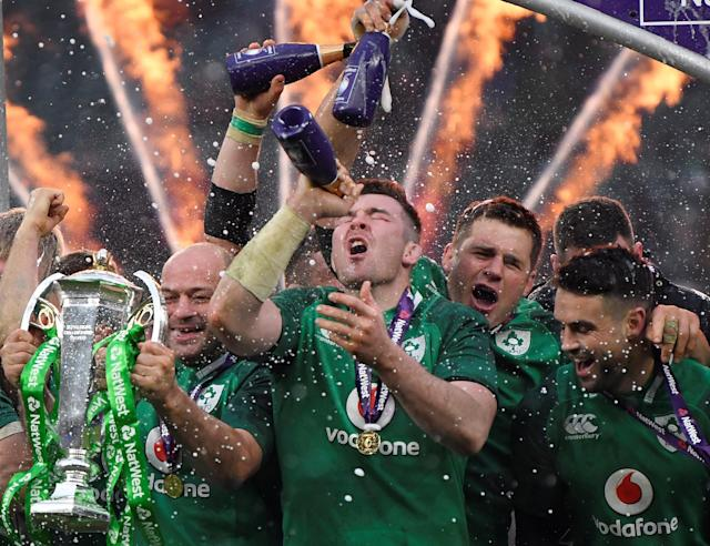 Rugby Union - Six Nations Championship - England vs Ireland - Twickenham Stadium, London, Britain - March 17, 2018 Ireland's Rory Best, Peter O'Mahony and team mates celebrate with the Six Nations trophy during the presentation at the end of the match REUTERS/Toby Melville