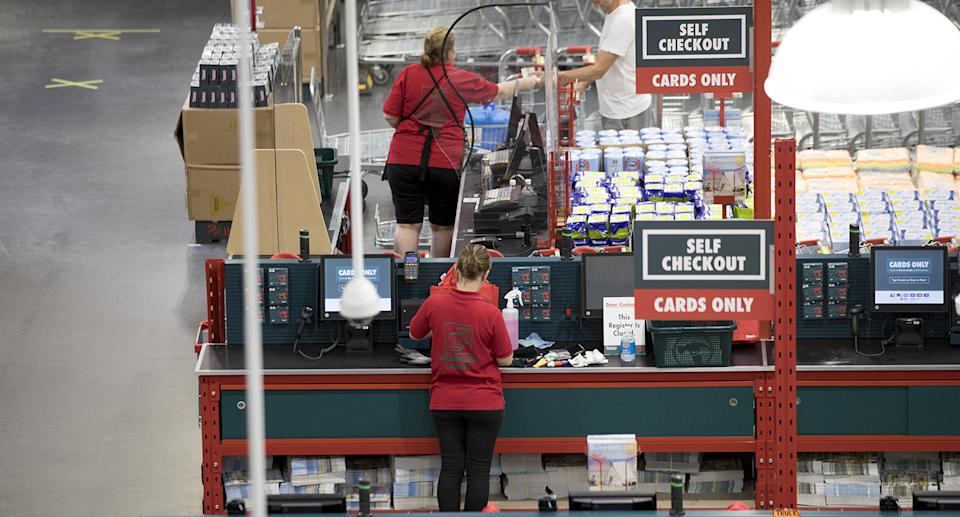 Bunnings staff in store. Source: Getty Images
