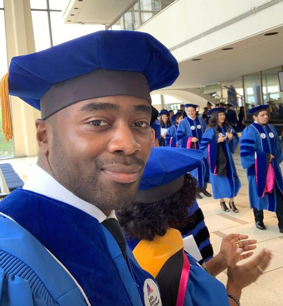 Pro Football Hall of Fame running back Curtis Martin received an honorary doctorate from Mount Sinai on Thursday. (Martin/Twitter)