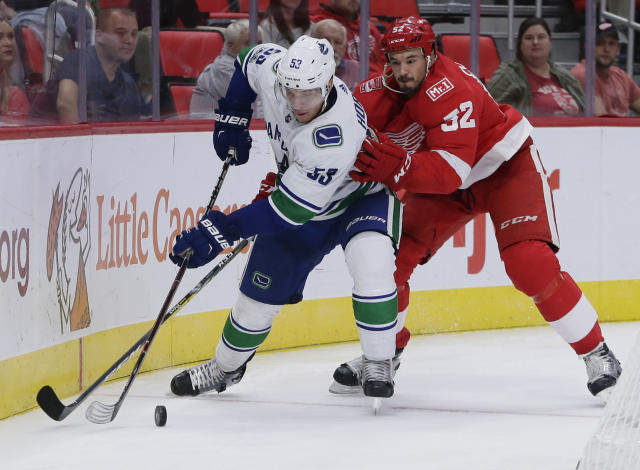 """<a class=""""link rapid-noclick-resp"""" href=""""/nhl/players/5988/"""" data-ylk=""""slk:Bo Horvat"""">Bo Horvat</a> is among Vancouver's young stars helping theCanucks to a surprise start. (AP Photo/Duane Burleson)"""