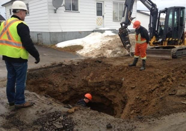 Homeowners in Ottawa are responsible for the cost of repairing or replacing underground water and sewer lines up to the edge of their property, a cost that easily exceeds $5,000. (Lindsay Bird/CBC - image credit)