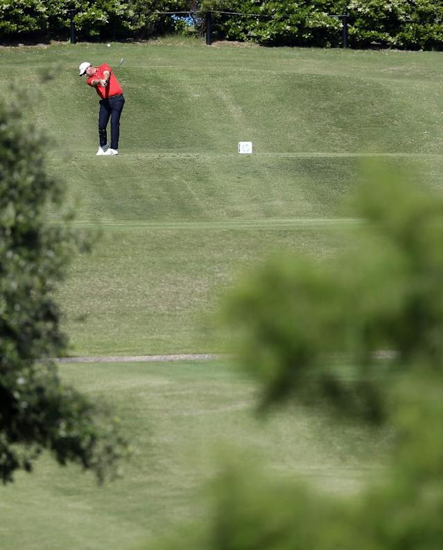 Peter Hanson hits off the second tee during the second round of the Byron Nelson Championship golf tournament, Friday, May 16, 2014, in Irving, Texas. (AP Photo/Tony Gutierrez)