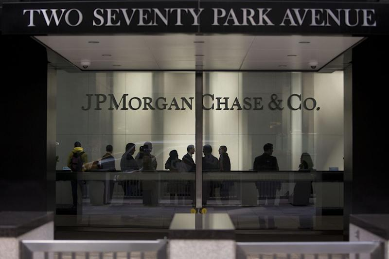 JPMorgan Whistle-Blower Gets Record $30 Million From CFTC