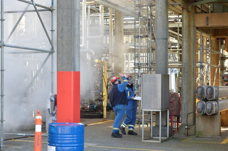 Workers at Parkland Fuel's refinery in Burnaby