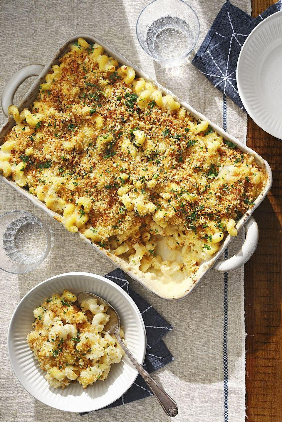 "Mac and cheese is already creamy comfort food, but this cauliflower-boosted variety not only gets a boost of fiber and vitamins, the veggie purée actually makes it <em>creamier</em>. You're welcome. <a href=""https://www.countryliving.com/food-drinks/a30418292/cauliflower-mac-and-cheese-recipe/"" rel=""nofollow noopener"" target=""_blank"" data-ylk=""slk:Get the recipe"" class=""link rapid-noclick-resp""><strong>Get the recipe</strong></a><strong>.</strong> <a href=""https://www.amazon.com/REGALO-HW1224-Rectangular-Stoneware-13-5x8-25x2-5/dp/B07LBT6DHM/?tag=syn-yahoo-20&ascsubtag=%5Bartid%7C10050.g.3241%5Bsrc%7Cyahoo-us"" class=""link rapid-noclick-resp"" rel=""nofollow noopener"" target=""_blank"" data-ylk=""slk:SHOP BAKING DISHES""><strong>SHOP BAKING DISHES</strong></a><strong><br></strong>"
