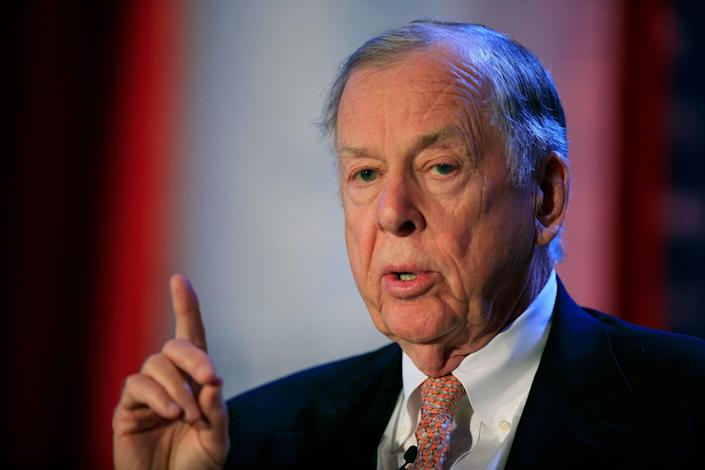 T. Boone Pickens was hospitalized after a