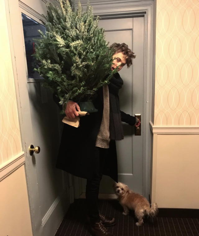 "<p>""My everything,"" Hudgens wrote alongside a snapshot of her boyfriend, Austin Butler, bringing home their little tree. Dog Darla made it into the pic, too! (Photo: <a href=""https://www.instagram.com/p/BcpMkFrjHQP/?hl=en&taken-by=vanessahudgens"" rel=""nofollow noopener"" target=""_blank"" data-ylk=""slk:Vanessa Hudgens via Instagram"" class=""link rapid-noclick-resp"">Vanessa Hudgens via Instagram</a>) </p>"