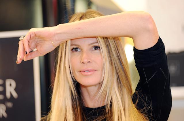 Elle Macpherson tells fans that sitting in the sun 'works wonders' for her immune system, but experts have doubts. (Photo: Getty Images)