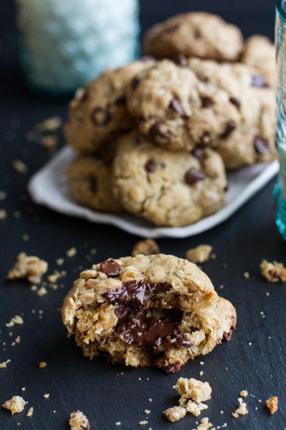 """<strong>Get the <a href=""""https://www.halfbakedharvest.com/moms-simple-oatmeal-chocolate-chip-cookies-best-oatmeal-chocolate-chip-cookies-around/"""" target=""""_blank"""">Mom's Best Oatmeal Chocolate Cookies recipe</a>from Half Baked Harvest</strong>"""