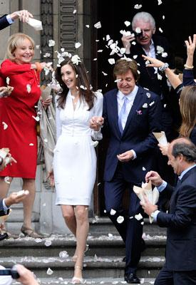 Nancy Shevells Stella McCartney Wedding Dress Was Inspired By Wallis Simpson