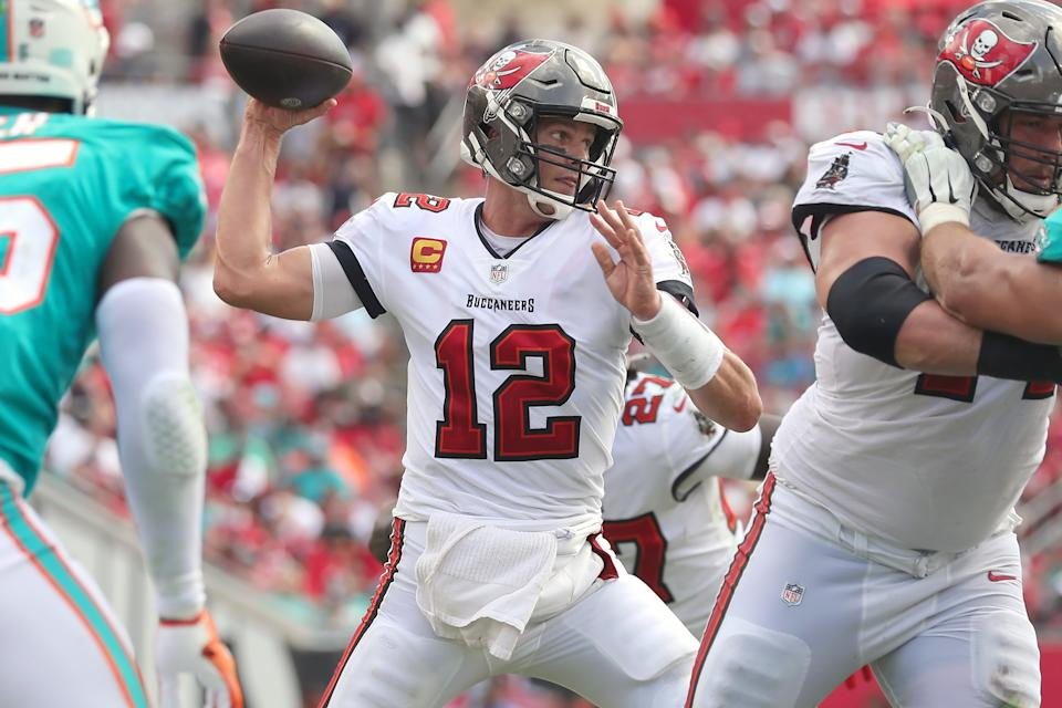 Buccaneers QB Tom Brady injured the thumb on his throwing hand early in the game against the Dolphins, but it didn't affect him one bit. (Photo by Cliff Welch/Icon Sportswire via Getty Images)