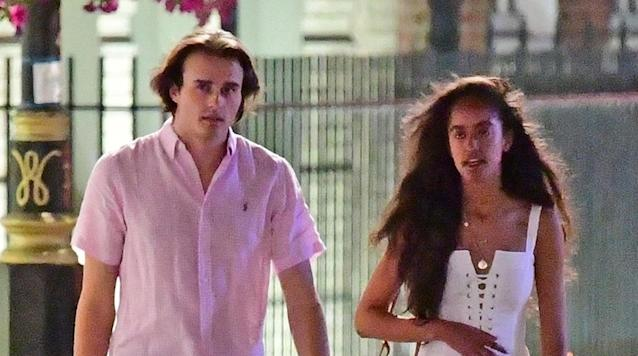Malia Obama and her boyfriend, Rory Farquharson, enjoy a stroll in London's Mayfair on July 26. (Photo: BackGrid USA)