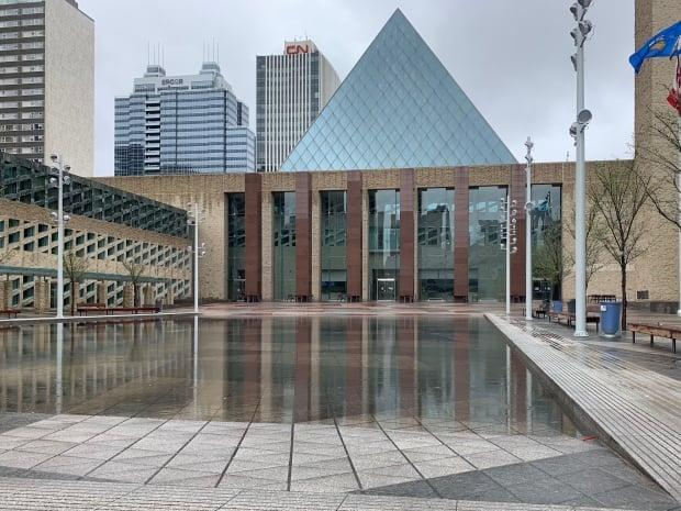 Some Canadian cities have what may be considered strong mayors. Perhaps the time has come to consider whether the mayors of Alberta's big cities, like Edmonton (pictured), should have the same powers, says Najib Jutt.