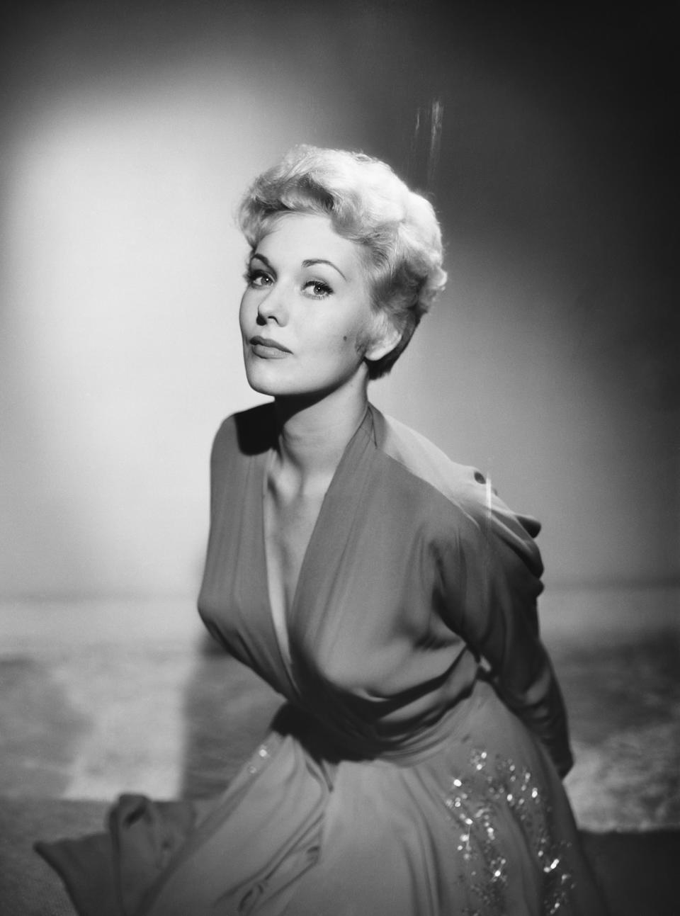 Actress Kim Novak (pictured in 1954) said she experienced severe online bullying after having fat injections in her face in 2014 (Photo by © Hulton-Deutsch Collection/CORBIS/Corbis via Getty Images)