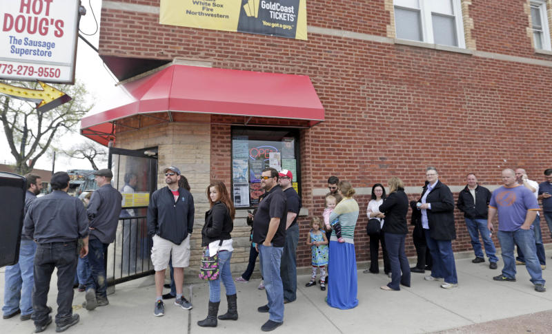 Despite losses, Chicago relishes its hot dogs