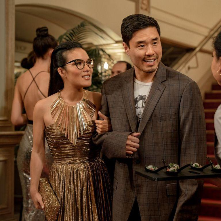 "<p>In this rom com, two childhood sweethearts reconnect after years apart, and as you can imagine... the sparks return. But the most important part is that Ali Wong and Randall Park are incredible at carrying a rom-com.</p><p><a class=""link rapid-noclick-resp"" href=""https://www.netflix.com/watch/80202874?trackId=13752289&tctx=0%2C0%2C1dc167e3-e705-4a79-b3d6-24efb60f5b9a-30129908%2C%2C"" rel=""nofollow noopener"" target=""_blank"" data-ylk=""slk:Watch Now"">Watch Now</a></p>"