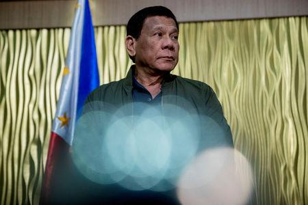 Philippines' Duterte Vows to Declare War on Canada for Garbage Smuggling