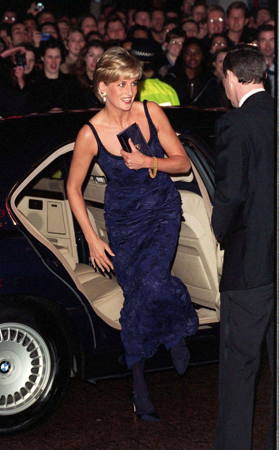 <p>We're waiting for the day that Kate or Meghan climbs out of a car with a little satin bag like Diana used to. Until then, we'll just reminisce about the good 'ole days with this fashion icon.</p>