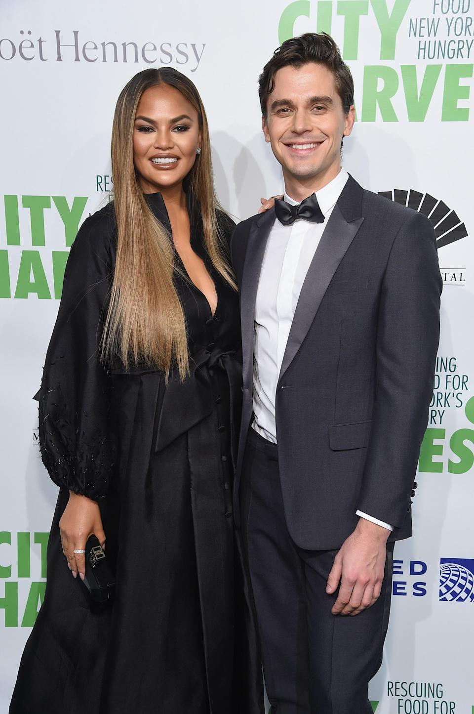 <p>On April 30, a group including Richard Gere, Geoffrey and Margaret Zakarian, Jilly Stephens, Eric Ripert, Anita Lo, and more flocked to Cipriani 42nd Street in Manhattan for City Harvest's 36th annual gala. The evening, hosted by Chrissy Teigen and Antoni Porowski, featured a performance by Emmy Award winner Darren Criss, and raised more than $4.1 million for City Harvest, New York City's largest food-rescue organization.</p>