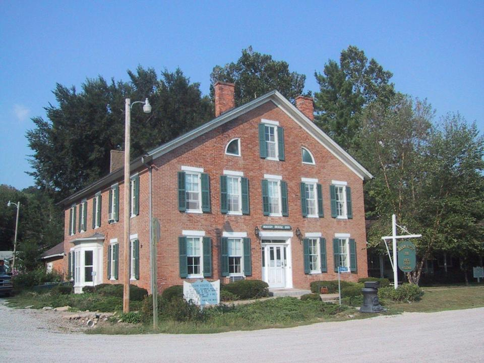 "<p>The stately Mason House Inn is not only an enclave for ghostly inhabitants (five spirits are said to reside here including an apparition of a young boy on the landing). It's also an outpost for paranormal seekers, with the Inn playing host to ghost hunting courses and retreats throughout the year.<br></p><p><a class=""link rapid-noclick-resp"" href=""https://go.redirectingat.com?id=74968X1596630&url=https%3A%2F%2Fwww.tripadvisor.com%2FHotel_Review-g37679-d217917-Reviews-Mason_House_Inn_and_Caboose_Cottage-Bentonsport_Iowa.html&sref=https%3A%2F%2Fwww.countryliving.com%2Flife%2Ftravel%2Fg2689%2Fmost-haunted-hotels-in-america%2F"" rel=""nofollow noopener"" target=""_blank"" data-ylk=""slk:PLAN YOUR TRIP"">PLAN YOUR TRIP</a> </p>"