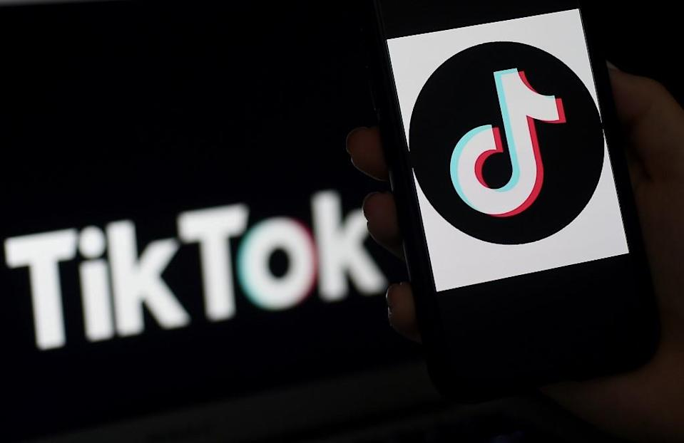 To this day, TikTok counts 700 million active users worldwide, 100 million are American.