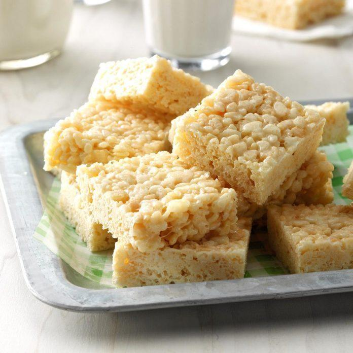 White Chocolate Cereal Bars