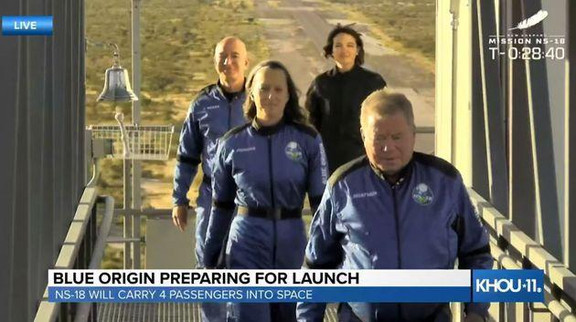 A screenshot taken from a live handout video shows Blue Origin spacecraft New Shepard ahead of take-off in Texas (Photo: Anadolu Agency via Getty Images)