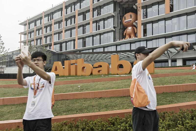 Alibaba Hunts for a Million Influencers Keen to Make Big Money