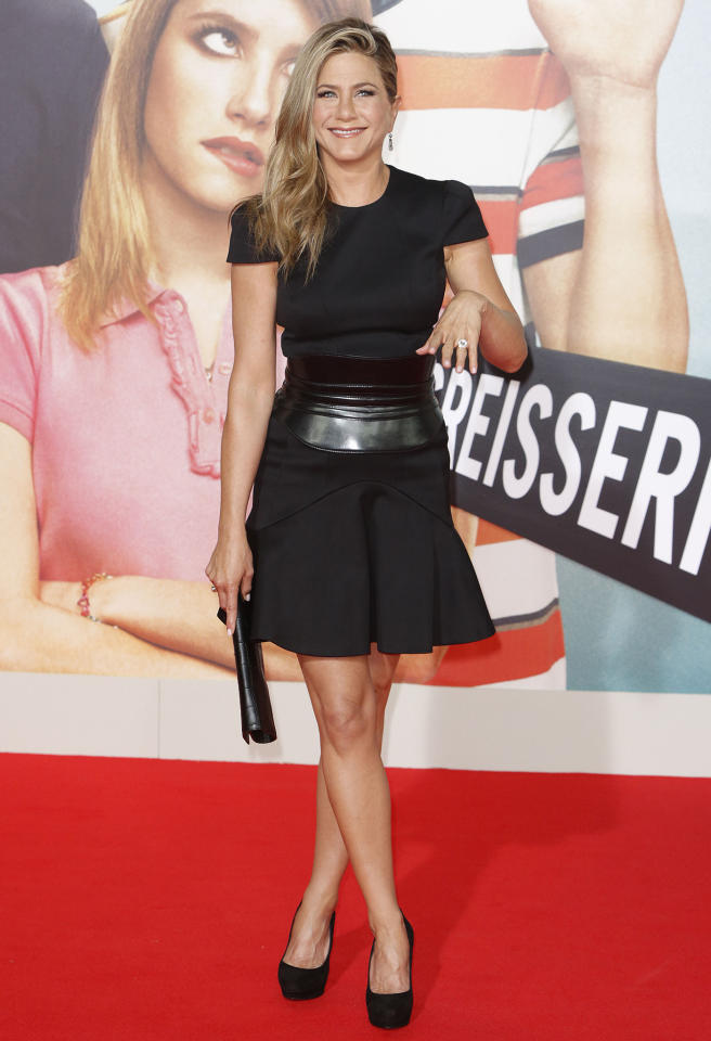"<b>Who:</b> Jennifer Aniston<br /><br /><b>Wearing:</b> Alexander McQueen<br /><br /><b>Where:</b> <a href=""http://movies.yahoo.com/movie/were-the-millers/"">""We're The Millers""</a> premiere in Berlin"