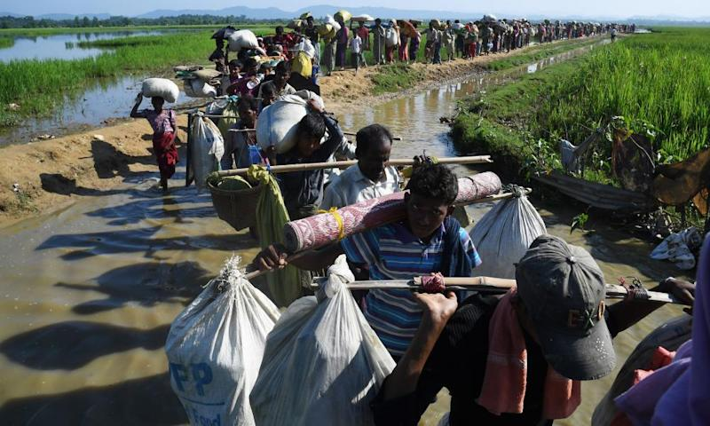 Streams of Rohingya refugees after crossing the border from Myanmar into Bangladesh in November 2017.