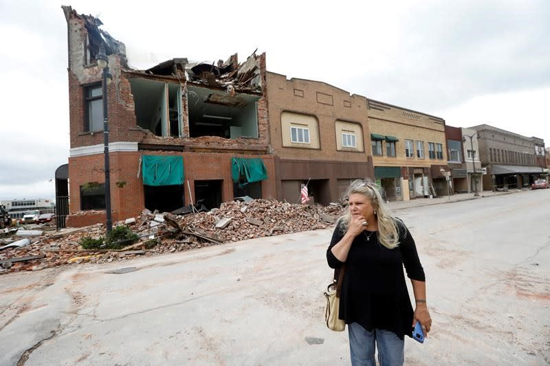 Tornado stuns Iowa town but residents say they'll rebuild