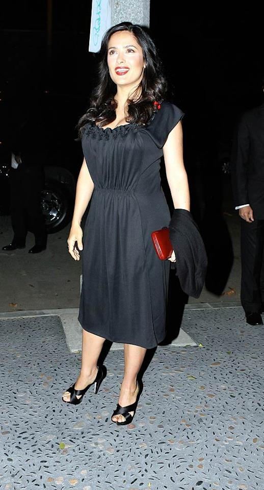 "Salma Hayek looked absolutely gorgeous while dining out on Wednesday. The new mom will put her parenting skills to good use as the spokeswoman for the ""One PackOne Vaccine"" program, which provide tetanus shots for needy mothers and their infants in Africa and Asia. <a href=""http://www.x17online.com"" target=""new"">X17 Online</a> - January 16, 2008"