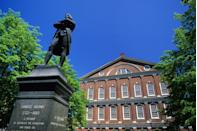 """<p><a href=""""https://www.nps.gov/bost/planyourvisit/index.htm"""" rel=""""nofollow noopener"""" target=""""_blank"""" data-ylk=""""slk:Boston National Historical Park"""" class=""""link rapid-noclick-resp""""><strong>Boston National Historical Park</strong></a></p><p>This park covers a lot of ground and history, so make your plan by visiting the visitor center at Faneuil Hall where park rangers will guide you to American Revolution sites like Paul Revere's home, the Freedom Trail and Bunker Hill. </p>"""
