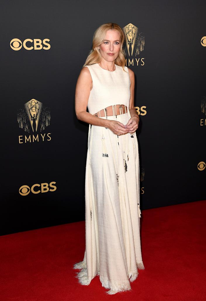 Gillian Anderson Emmys red carpet 2021 (Gareth Cattermole / Getty Images)