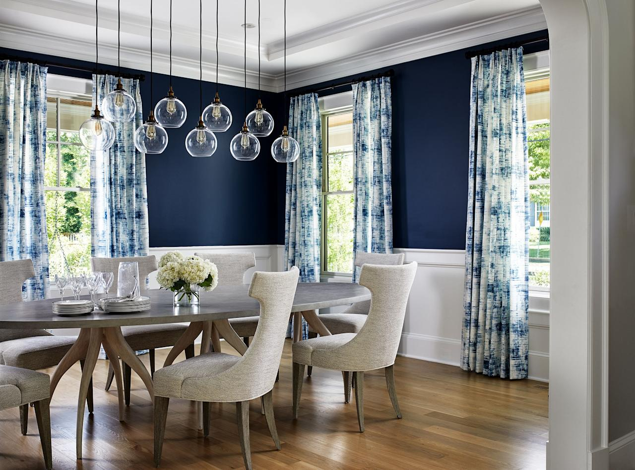"""<p>Looking to <a href=""""https://www.elledecor.com/design-decorate/room-ideas/g22863133/maximalist-interior-design-ideas/"""" target=""""_blank"""">make a bold statement</a> in your space? You can't go wrong with two-tone walls. Rather than <a href=""""https://www.elledecor.com/design-decorate/color/advice/a7969/monochromatic-color-scheme-how-to/"""" target=""""_blank"""">settling for one paint color</a>, step outside of your comfort zone and choose two hues to boost your home's style factor. For inspiration, we've rounded up some of our favorite two-tone wall ideas below. </p>"""