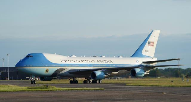 Air Force One touching down at RAF Mildenhall