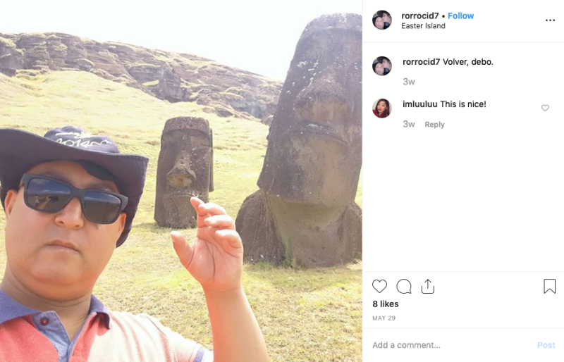Man takes his Easter Island selfie for Instagram.